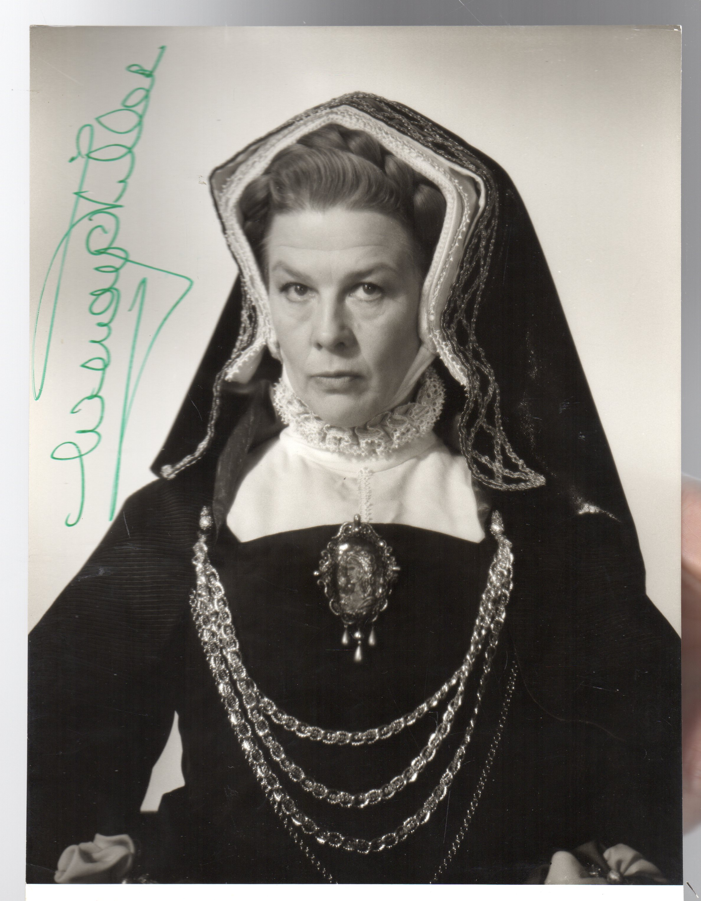 Image for Wendy Hiller -SIGNED PHOTOGRAPH